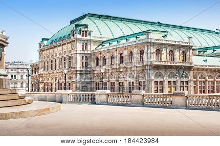 Beautiful View Of Wiener Staatsoper (vienna State Opera) In Vienna, Austria
