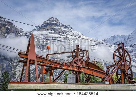 mechanism of transportation cable lift on the snow mountain.