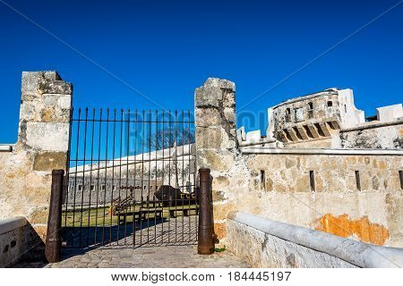 Colonial Walls And Gate