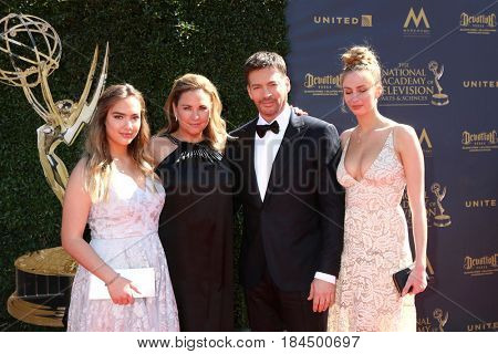 LOS ANGELES - APR 30:  Daughters, Jill Goodacre, Harry Connick Jr at the 44th Daytime Emmy Awards - Arrivals at the Pasadena Civic Auditorium on April 30, 2017 in Pasadena, CA