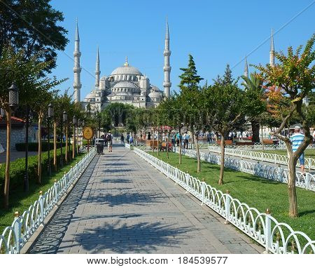 The Walkway To Sultan Ahmet Camii (blue Mosque), Istanbul