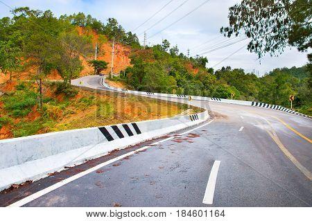 Thai Mountains Road