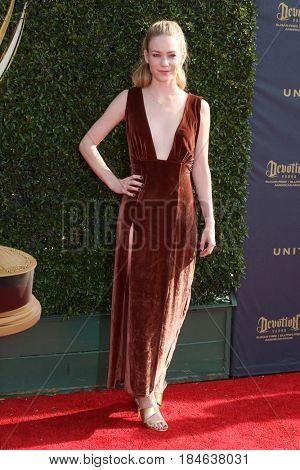 LOS ANGELES - APR 28:  Chloe Lanier at the 2017 Creative Daytime Emmy Awards at the Pasadena Civic Auditorium on April 28, 2017 in Pasadena, CA