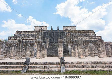 Templo de los Guerreros, Temple of the Warriors at Chichen Itza, Yucatan, Mexico