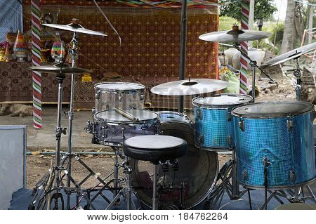 drums set musical thailand rustic percussion music