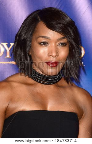 LOS ANGELES - MAY 2:  Angela Bassett at the