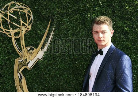 PASADENA - APR 28: Chad Duell at the 44th Daytime Creative Arts Emmy Awards Gala at the Pasadena Civic Centerl on April 28, 2017 in Pasadena, California