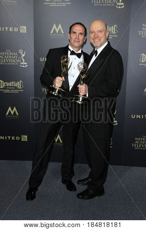 PASADENA - APR 28: William Roberts, Ray Thompson, Outstanding Lighting Direction for a Drama Series The Young and the Restles at the 44th Daytime Creative Arts Emmys on April 28, 2017 in Pasadena, CA