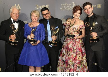 PASADENA - APR 28: Winners at The 44th Daytime Creative Arts Emmy Awards Gala at the Pasadena Civic Center on April 28, 2017 in Pasadena, California