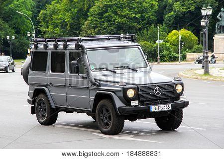 Mercedes-benz W461 G-class