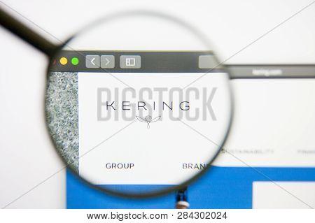 Los Angeles, California, Usa - 14 February 2019: Kering Website Homepage. Kering Logo Visible On Mon