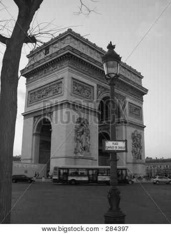 Arc De Triomphe B&w