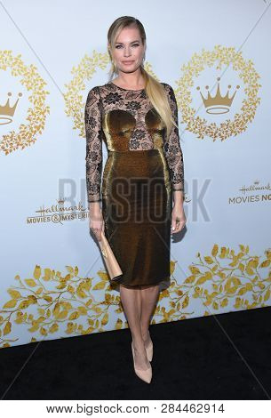 LOS ANGELES - FEB 09:  Rebecca Romijn arrives for the {Event} on February 09, 2019 in Pasadena, CA