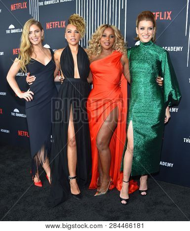 LOS ANGELES - FEB 12:  Jordan Claire Robbins, Emmy Raver-Lampman, Mary J. Blige and Kate Walsh arrives for Netflix's 'The Umbrella Academy' Premiere - Season 1 on February 12, 2019 in Hollywood, CA