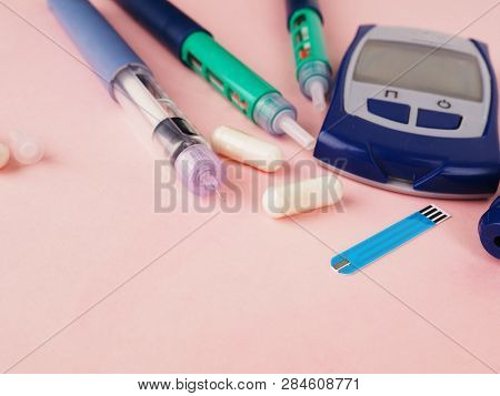 Diabetes Pen Injection Needle, Syringes Lie On Pink Background, Diabetes Disease Concept, Stop Diabe