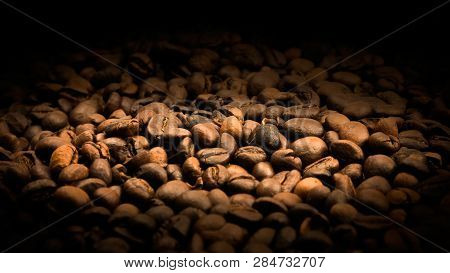 Coffe Beans Textured. Prepair Coffe Beans. Coffe Ingredient.