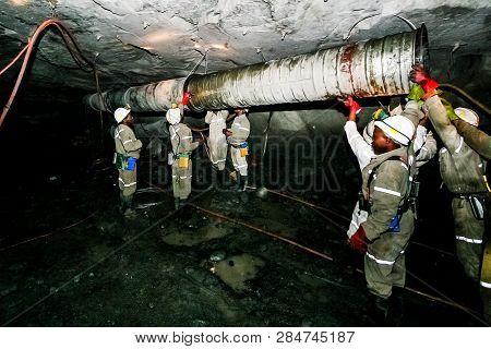 Underground Platinum Palladium Mining And Machinery
