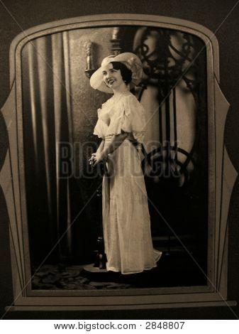 Vintage 1910 Photo