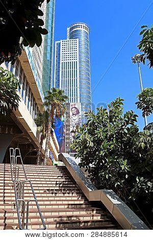 Tel Aviv, Israel - September 17, 2017: View Of Skyscraper With Advertisement Of H&m Brand