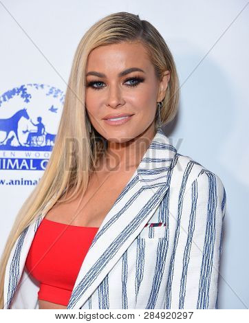 LOS ANGELES - FEB 17:  Carmen Electra arrives for the Hollywood Beauty Awards 2019 on February 17, 2019 in Hollywood, CA
