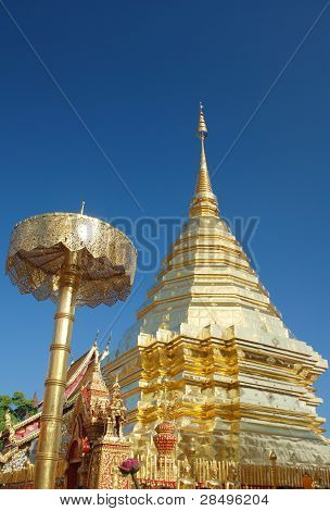 Holy Protector and Chedi at Wat Suthep