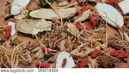 Traditional Chinese herbal medicine tea