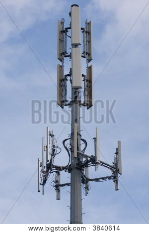 Cell Tower Bold