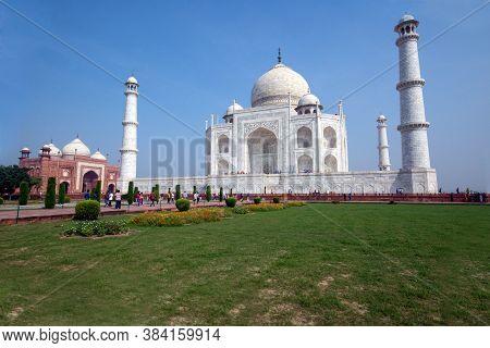 Agra Uttar Pradesh India On 21st September 2018: View Of Taj Mahal At Agra Uttar Pradesh India.