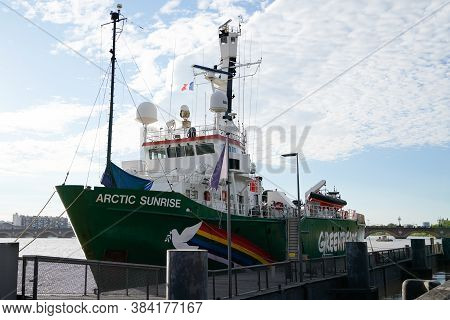 Bordeaux , Aquitaine / France - 09 01 2020 : Greenpeace Arctic Sunrise Ship On Bordeaux Harbor Green