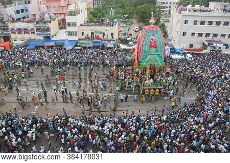 July 26th 2015 Puri Odisha India : Goddess Suvdra Chariot Pulled By Devotees During World Famous Cha
