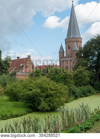the dutch city of zutphen at the ijssel