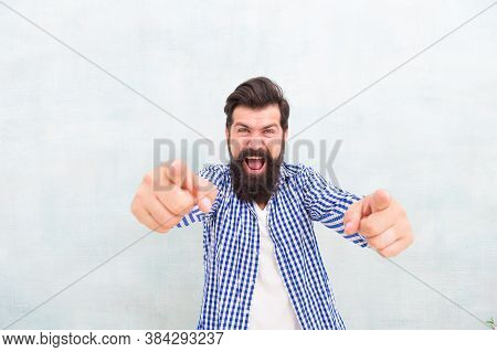 Happy Bearded Man With Stylish Beard Hair In Casual Fashion Style Pointing Fingers Gesture, Publicit