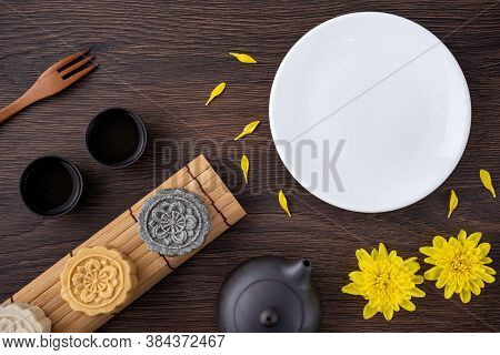 Colorful Beautiful Moon Cake, Mung Bean Cake, Champion Scholar Pastry Cake For Mid-autumn Festival T