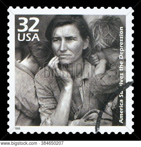 United States Of America - Circa 1998: A Postage Stamp Printed In Usa Showing An Image Of A Mother W