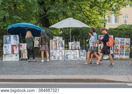 Saint Petersburg, Russia - August 22, 2020: Street Portraitists' Shops With The Artwork Along The Pa