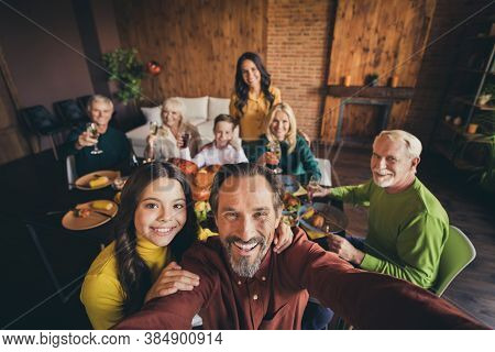 Self-portrait Of Nice Adorable Cheerful Positive Big Full Family Small Little Kids Meeting Gathering