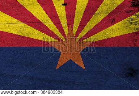 Flag Of Arizona On Wooden Plate Background. Grunge Arizona Flag Texture, The States Of America,  Red