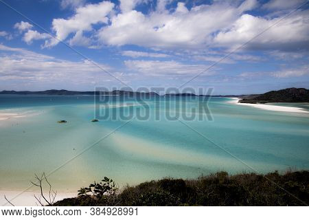 Take A Photo From Hill Inlet On Whitsunday Island Towards White Haven Beach With A Wonderful Turquoi