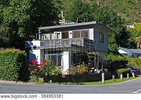 Arrowtown Village Is Ancient Town , New Zealand