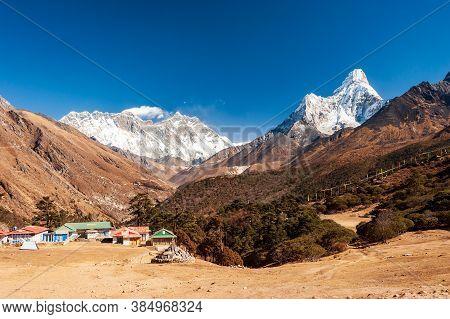 Ama Dablam And Mt. Everest Peaks In Tengboche Pass. Trekking In Nepal Himalayas. Ebc (everest Base C