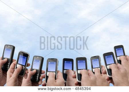 Mobil Phones - Hands And Phones