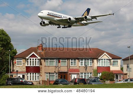 Singapore Airlines Airbus A380 Aviation Noise