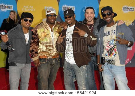 LAS VEGAS - DECEMBER 04: Raz B with Boyz II Men and Ace Young arriving at the 2006 Billboard Music Awards, MGM Grand Hotel December 04, 2006 in Las Vegas, NV