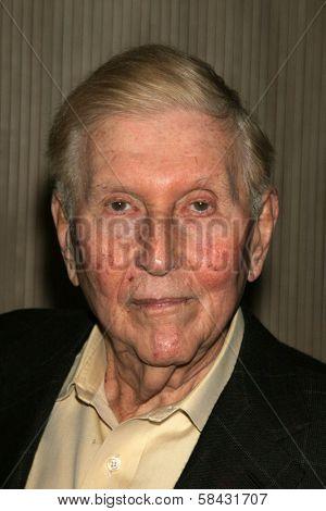 Sumner Redstone at the Friends of the Los Angles Free Clinic Annual Dinner Gala. Beverly Hilton Hotel, Beverly Hills, California, November 20, 2006.