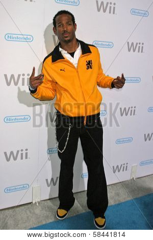 Marlon Wayans at the party celebrating the launch of Nintendo's Game Console Wii. Boulevard 3, Los Angeles, California. November 16, 2006.