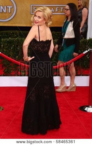 Angela Kinsey at the 19th Annual Screen Actors Guild Awards Arrivals, Shrine Auditorium, Los Angeles, CA 01-27-13