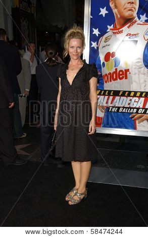 HOLLYWOOD - JULY 26: Leslie Mann at the Premiere Of