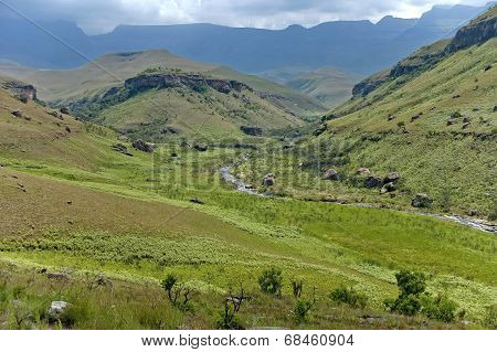 The Bushmans River valley in Giants Castle