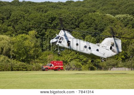 Military helicoptor landing.