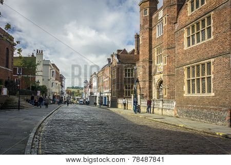 Almshouses Guildford High Street